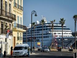 Ship in Cuba orig